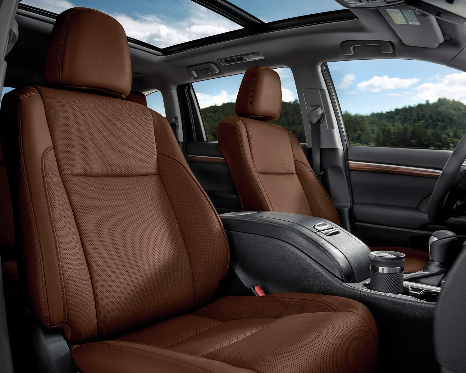 toyota-2018-highlander-hybrid-interior-seating-brown-perforated-leather-l