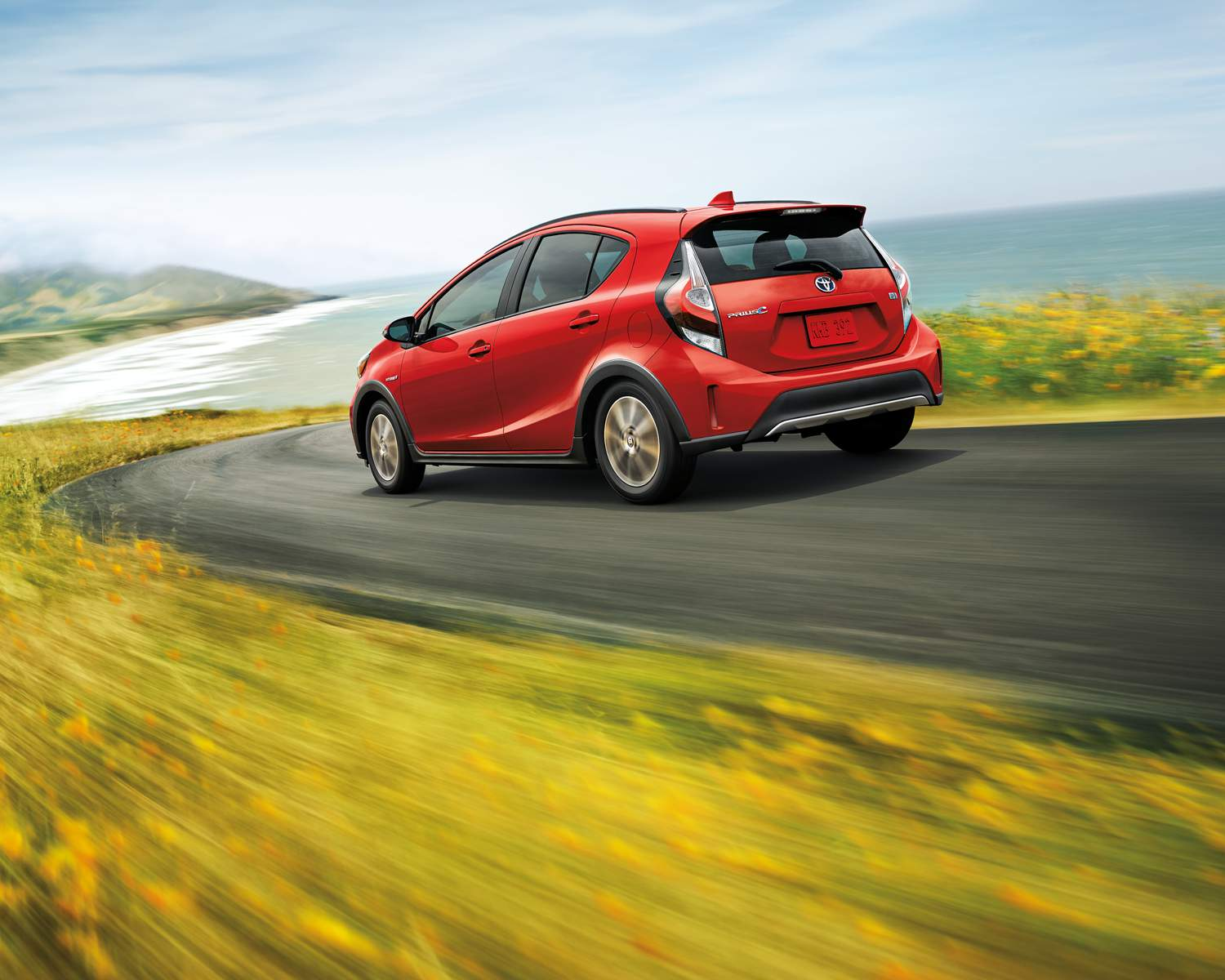 toyota-2018-prius-c-technology-absolutely-red-l