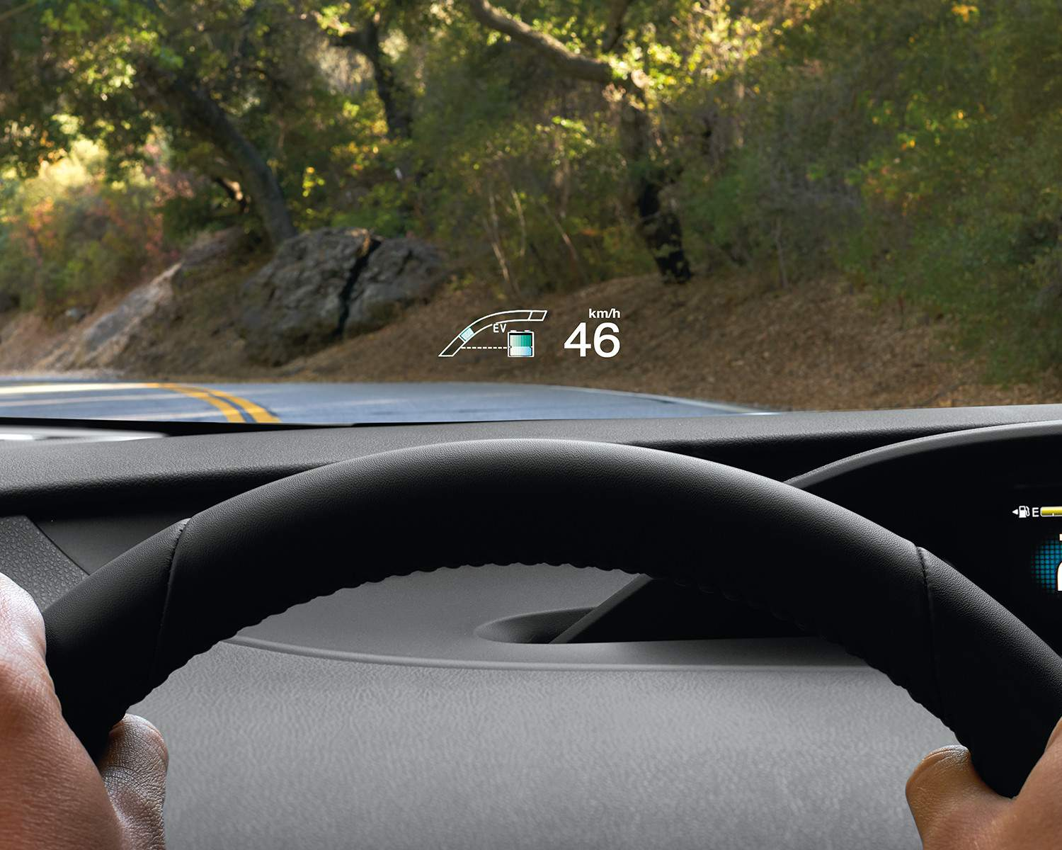 toyota-2018-prius-prime-interior-heads-up-display-l